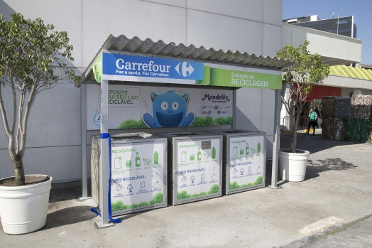 Carrefour Brazil launched its 138th recyclable materials drop-off station in São Paulo