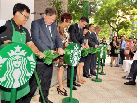 Starbucks expands presence in Hanoi with the opening of three stores