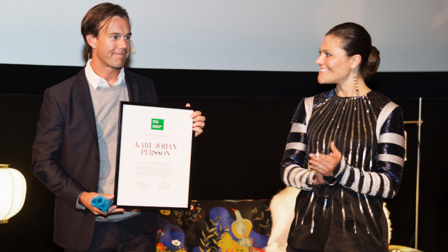 H&M CEO Karl-Johan Persson receives the Pontus Schultz prize for more humane economy