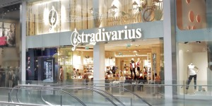 Inditex: Women's fashion and accessories brand Stradivarius opens first UK store at the Westfield shopping centre in Stratford London