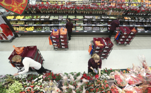 Sainsbury's enjoys 30% increase in online food orders for the week leading up to Christmas - its biggest online Christmas ever