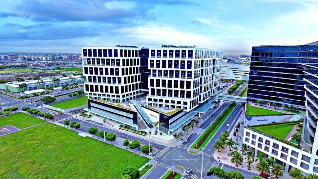 Philippines: SM Prime Holdings poised to ride the wave of growth in the BPO sector with the expansion of EcomCenters in the Mall of Asia Complex