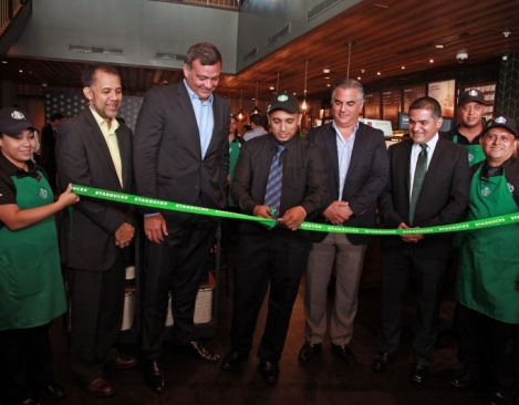 Starbucks Coffee Company with Premium Restaurants of America opened its first store in Panama; Starbucks 15th market in Latin America