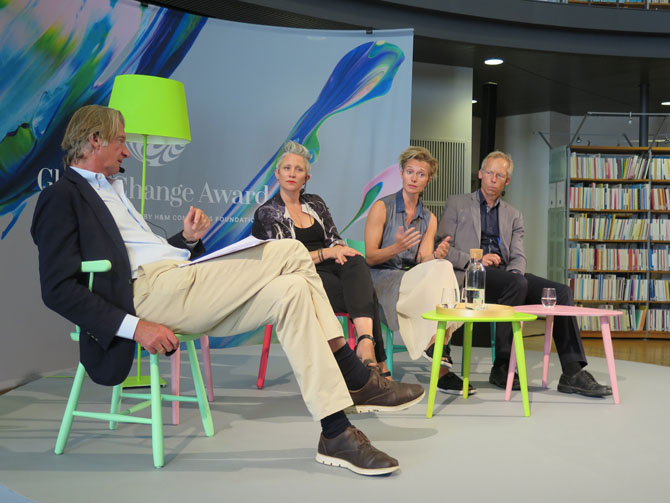 At KTH Anders Wijkman, Rebecca Earley, Vigga Svensson and Johan Rockström discussed how to close the loop of fashion. (Photo: Benny Ritzén)