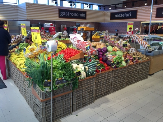 """Carrefour now with 100 """"Market"""" supermarkets in Romania"""