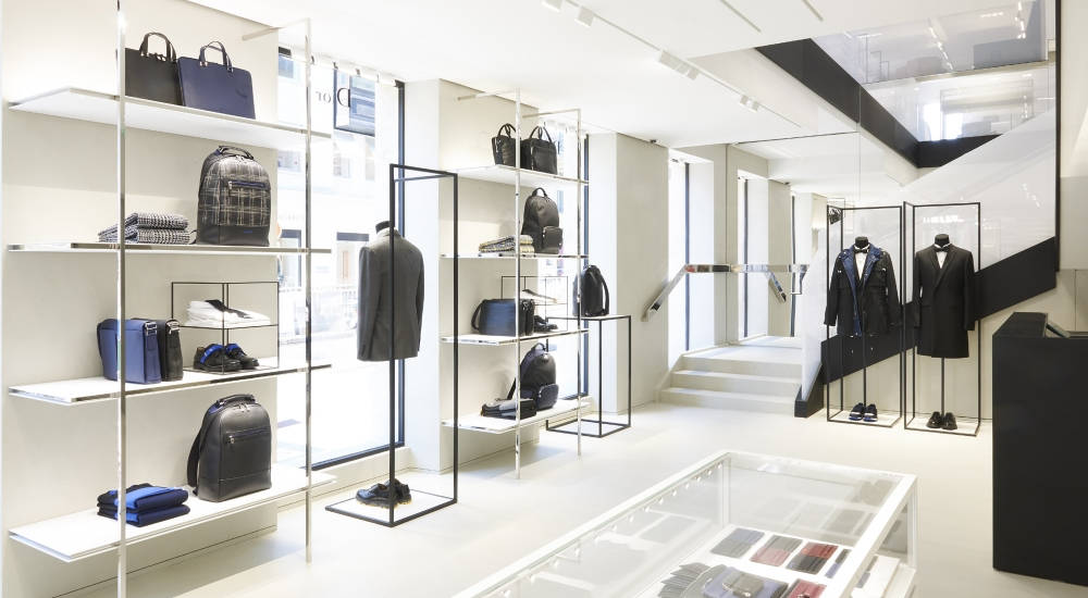 Dior inaugurates new store dedicated exclusively to men's products in the Paris Golden Triangle district