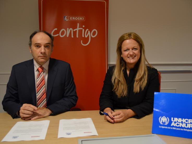 Fundación EROSKI y el Comité español de ACNUR han firmado hoy un convenio de colaboración para impulsar una nueva campaña a favor de los refugiados y desplazados sirios