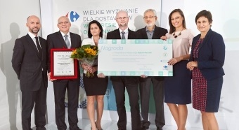 """Honey maker won Carrefour """"Major climate challenge for suppliers"""" competition in Poland"""