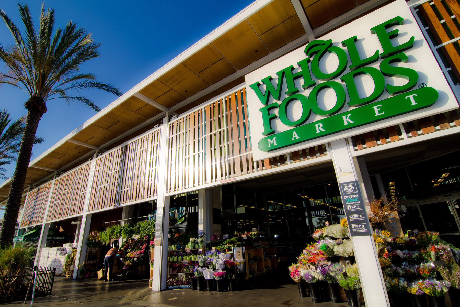"""FORTUNE names Whole Food Market """"World's Most Admired Companies"""" for food and drug stores for the fifth consecutive year"""