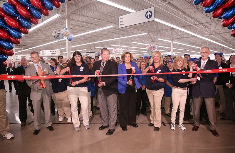 Meijer brings low prices on high-quality merchandise, fresh produce delivered daily and pharmacy to shoppers in Sturgis, Mich.