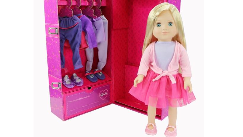 Tesco revamps the glamorous Sindy doll