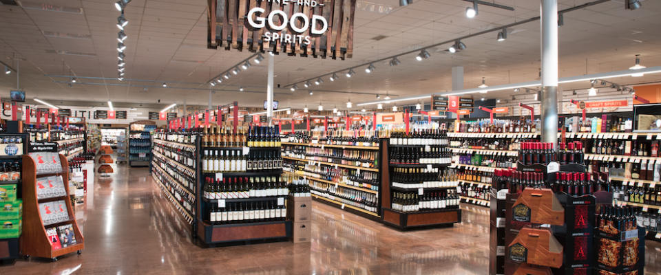 """Raley's Family of Fine Stores named """"Retailer of the Year"""" at the Wine Enthusiast's 2016 Wine Star Awards"""